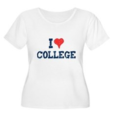 I Love College Womens Plus Size Scoop Neck T-Shir